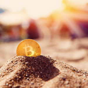 Bitcoin Hitting $10,000 Will Kickstart Mass FOMO, Quadruple BTC in Months: Fundstrat