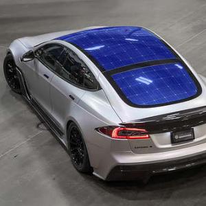 Tesla's P/E Ratio Surpasses 1,100